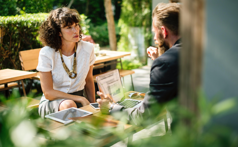 Como o gestor pode fazer para  receber feedbacks honestos verdadeiros?