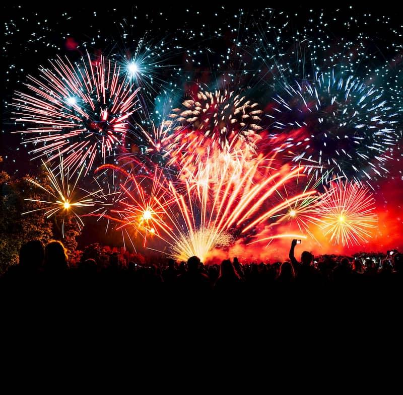 Fogos de artificio, comemoração